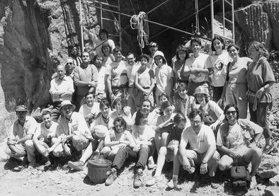 Equipo de excavación de la Gran Dolina en 1994.