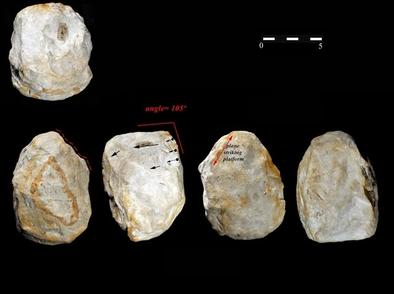 Morfotipo de rascador de gran formato de piedra calcárea de Barranco León (Orce, Granada).