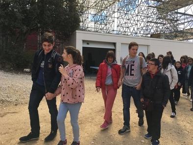 Esta jornada permitió a los alumnos de ambos centros compartir un día único en la sierra y disfrutar de una visita exclusiva