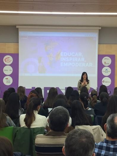 Ruth Blasco durante su conferencia en el MEH en diciembre pasado.