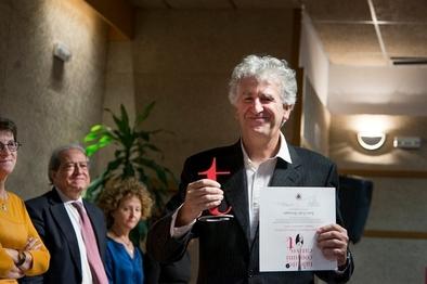 Juan Luis Arsuaga premiado por su talento comunicativo.