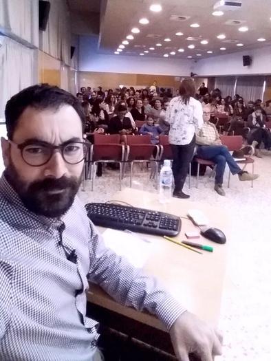 Antonio Rodríguez durante la defensa de sus tesis doctoral