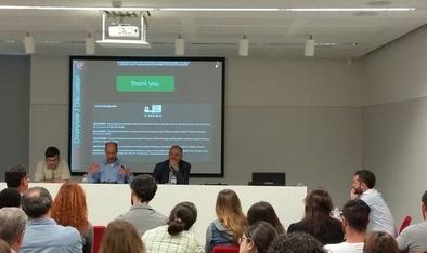 Juan Ignacio Morales durante la presentación de sus tesis doctoral