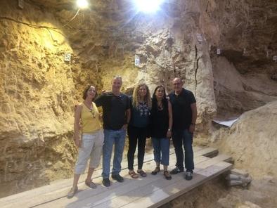 Visita al yacimiento del Paleolítico medio del Abric Romaní (Capellades, Barcelona).