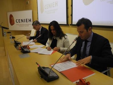 Firma de la renovación del compromiso entre el CENIEH, Caja de Burgos y la Obra Social